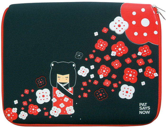 http://media.hertie.de/images/big/pat_/pat_says_now_laptop_sleeve_kokeshi.jpg