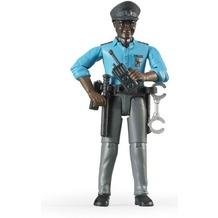 Bruder Polizist mit dunklem Hauttyp