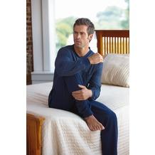 Jockey Nachtwäsche Pyjama, langarm mit V-Ausschnitt und Bündchen am Ärmel und an der Hose, Oberteil gestreift und mit 1 Tasche. Hose uni navy 4XL