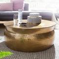 Wohnling Couchtisch KARAM 75x31x75 cm Aluminium Gold Beistelltisch orientalisch rund, Flacher Hammerschlag Sofatisch Metall, Design Wohnzimmertisch modern, Loungetisch indisch Stubentisch klein gold