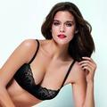 Wonderbra Refined Glamour Balconette Lace BH schwarz 70A