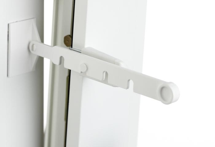 bilder lichtblick kipp regler f r fenster fensterstopper wei bild 3. Black Bedroom Furniture Sets. Home Design Ideas