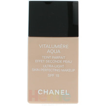 Chanel Vitalumiere Aqua Ultra-Light SPF15 #30 Beige Sable 30 ml