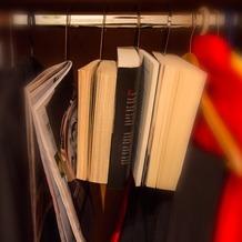 Designerstahl Stahlglanz Bücherhaken Edelstahl glänzend
