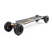 Evolve Bamboo GTX Street  E-Skateboard 2-in-1 Bundle mit All-Terrain Conversion Kit