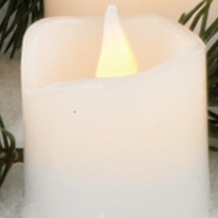 Hellum LED - Wachskerze weiß  H: 11,5 cm Ø 5,8 cm