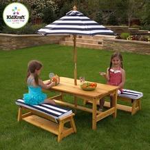Kidkraft Gartentisch & Bänke mit Sitzkissen/Sonnenschirm Marineblau-weiß gestreift