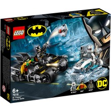 LEGO® DC Comics Super Heroes 76118 Batcycle-Duell mit Mr. Freeze™