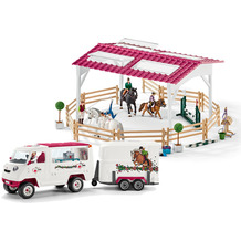Schleich Reitschule mit Reiterinnen und Pferden mit mobiler Tierärztin