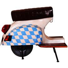"""SIT THIS & THAT Barhocker Roller recyceltes Roller-Heck """"Bayern"""" weiß mit bayrischer Flagge"""