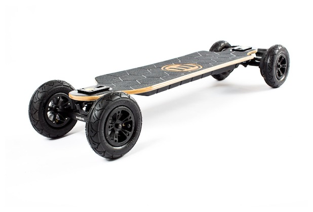 Evolve Bamboo GTX Street  E-Skateboard 2-in-1 Bundle mit All-Terrain Conversion Kit