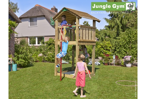 jungle gym spielturm jungle cottage mit roter feuerwehr rutschstange. Black Bedroom Furniture Sets. Home Design Ideas