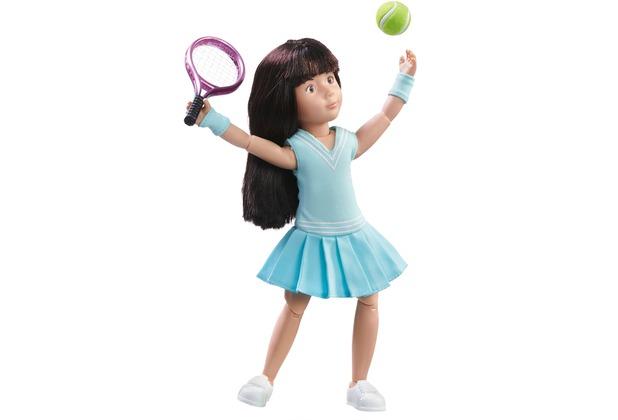 Käthe Kruse Luna spielt Tennis