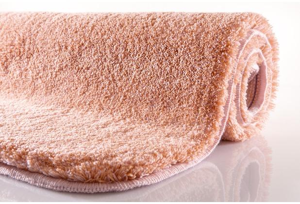Kleine Wolke Badteppich Relax Salmon WC-Vorleger 55x 55 cm mit Ausschnitt