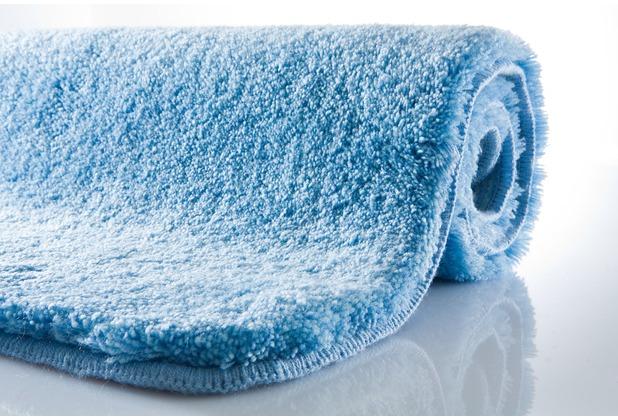 Kleine Wolke Badteppich Relax Azur 47 cm x 50 cm Deckelbezug