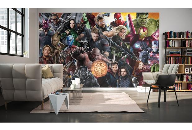 """Komar Digitaldruck Vliestapete \""""Avengers Infinity War - Allstars\"""" 400 x 250 cm"""