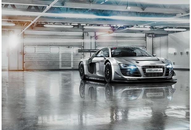 Komar Fototapete Audi R8 Le Mans 368 x 254 cm