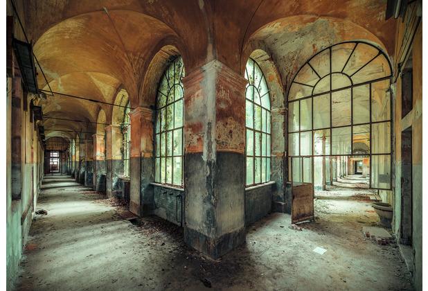 "Komar Stefan Hefele / Lost Places Vlies Fototapete \""Casa della Follia\"" 400 x 280 cm"