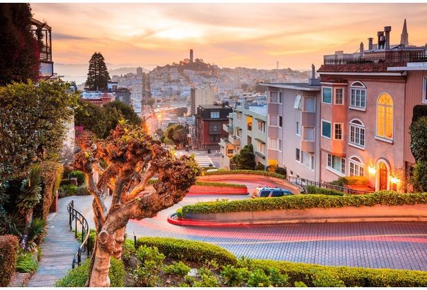 papermoon Fototapete Lombard Street in San Francisco 7 Bahne 350 x 260 cm Vlies