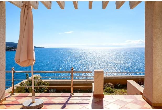papermoon Fototapete Terrace with a Sea View 7 Bahnen 350 x 260 cm Vlies