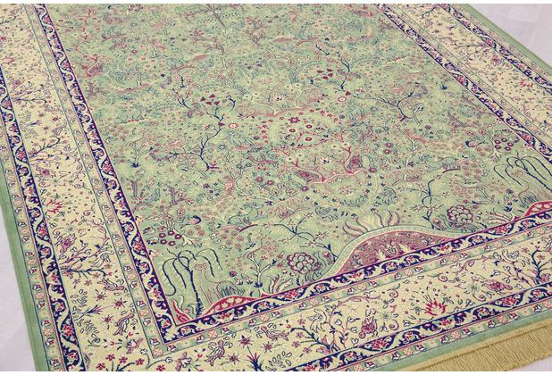 Peyer Syntex Teppich Isphahan 77806 grün 65 cm x 135 cm