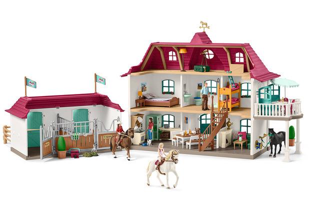 Schleich Großer Pferdehof mit Wohnhaus und Stall mit Sofia & Blossom