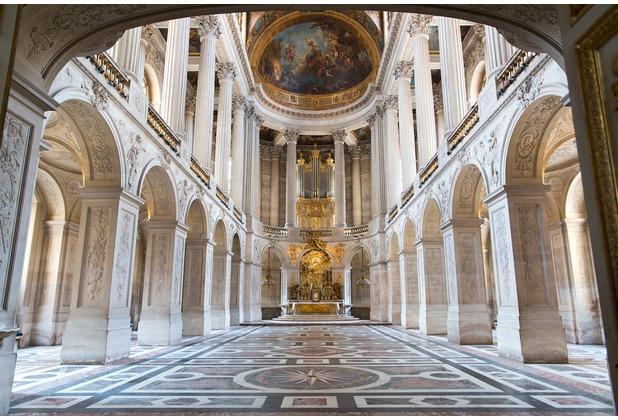 XXLwallpaper Fototapete Versailles Castle 150 g Vlies Basic 2,00 m x 1,33 m